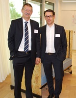 Peter Richner, Stellvertretender Direktor der Empa zusammen mit Viktor Sigrist, Direktor der Hochschule Luzern – Technik & Architektur in der Unit Meet2Create