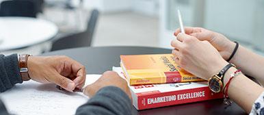 Weiterbildung schweiz wirtschaft hochschule luzern for Weiterbildung innenarchitektur schweiz