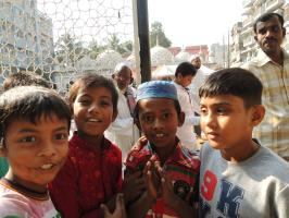 Youngsters in Front of Sitara Mosque of Dhaka, © PFS